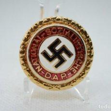 Militaria: WWII THE GERMAN BADGE NSDAP. Lote 277660668