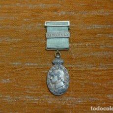 Militaria: ANTIGUA MEDALLA DE MARRUECOS CON PASADOR ALHUCEMAS. ORIGINAL, GUERRA DE AFRICA.. Lote 234808245