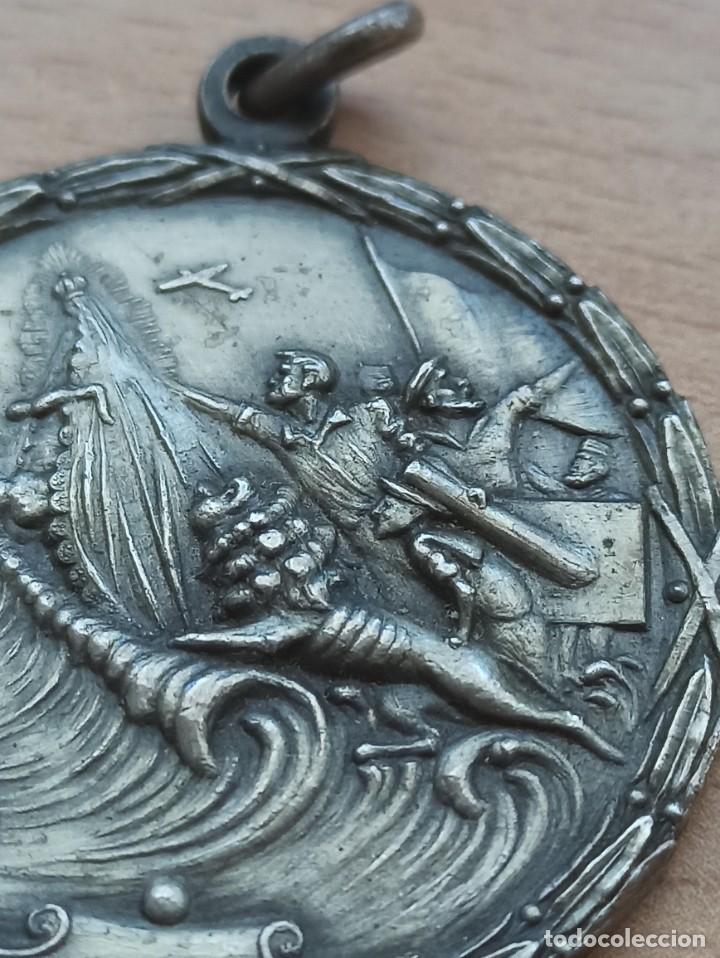 Militaria: Difícil medalla del Paso del Estrecho. Guerra Civil - Foto 3 - 234850530
