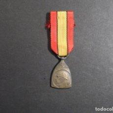 Militaria: MEDALLA BELGA VICTORIA EN LA GRAN GUERRA 1914-18. BRONCE. AÑO 1919. RARA MINIATURA. Lote 235128835