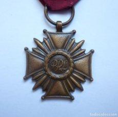 Militaria: POLONIA: MEDALLA DE LA CRUZ DEL MÉRITO DE LA REPÚBLICA POLACA (3ª CLASE - CATEGORÍA DE BRONCE). Lote 235323935