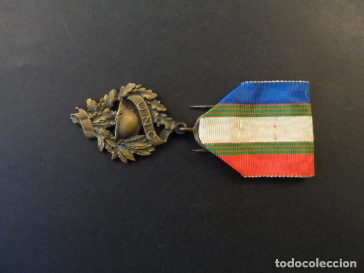 Militaria: MEDALLA DE LA UNC. UNION NATIONALE DES COMBATTANTS DE LA 1ª GUERRA MUNDIAL 1914-18. REP. FRANCESA - Foto 5 - 235651580