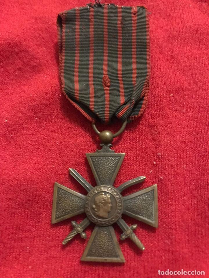 MEDALLA MILITAR EN FORMA DE CRUZ (Militar - Reproducciones y Réplicas de Medallas )