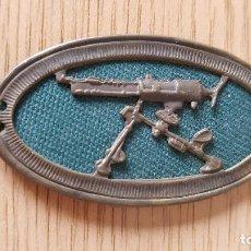 Militaria: AMETRALLADORA FONDO VERDE 5 X 3 CMS. Lote 241732135