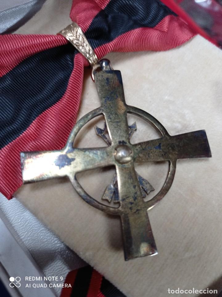 Militaria: Orden del Yugo y Flechas con miniatura - Foto 4 - 243389895
