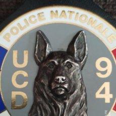 Militaria: PEPITO PLACA INSIGNIA DE POLICIA NACIONAL BRIGADA CANINA PERROS .DISTINTIVO POLICIAL FRANCIA. Lote 243790505