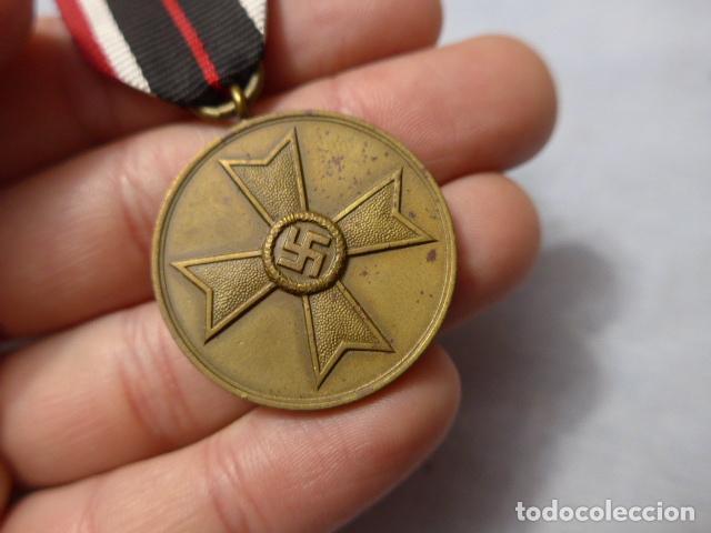 Militaria: * Antigua medalla alemana original, cruz de guerra sin espadas, II guerra mundial. Alemania. ZX - Foto 2 - 246569420
