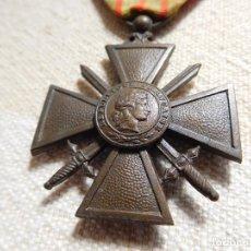 Militaria: FRANCIA. CRUZ DE GUERRA MODELO 1939 CON 1 CITACIÓN WW2. Lote 246881800