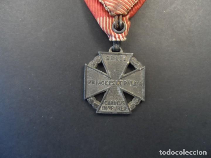 Militaria: MEDALLA CRUZ DE TROPA DEL EMPERADOR CARLOS I. KARL TRUPPENKREUZ. AUSTROHUNGARA. AÑO 1916 - Foto 3 - 248256390