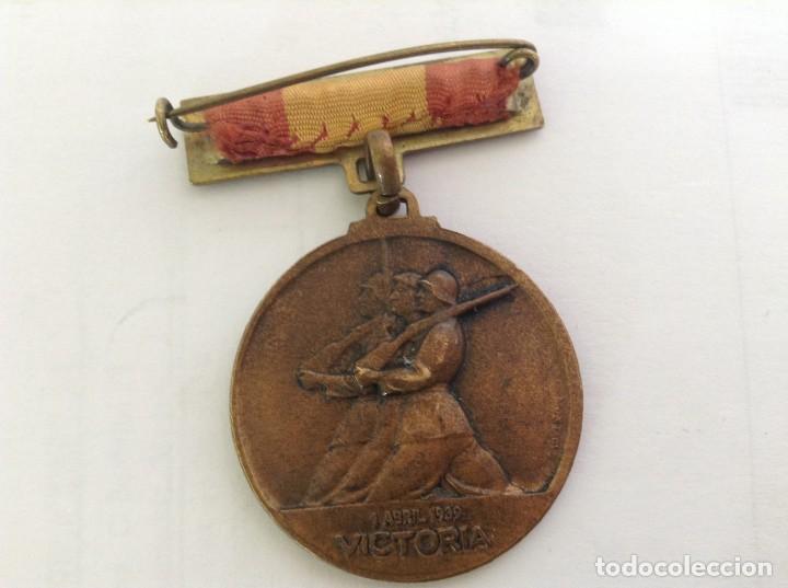 Militaria: MEDALLA ALZAMIENTO 18 JULIO 1936 Y VICTORIA 1 ABRIL 1939 *** GUERRA CIVIL *** - Foto 2 - 250127590