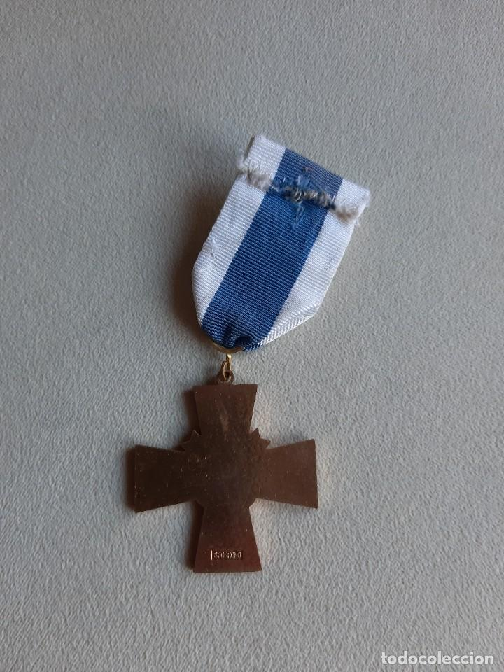 Militaria: FINLANDIA. MEDALLA CRUZ AZUL. AL VALOR. - Foto 2 - 251336040