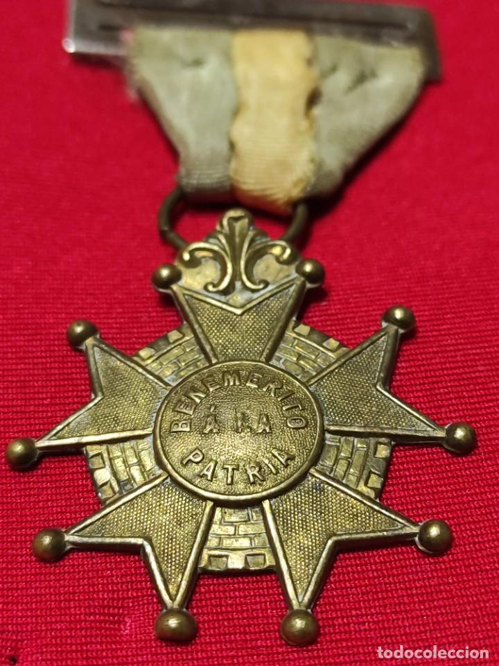 Militaria: Cruz de benemérito a la Patria - Foto 2 - 252870590