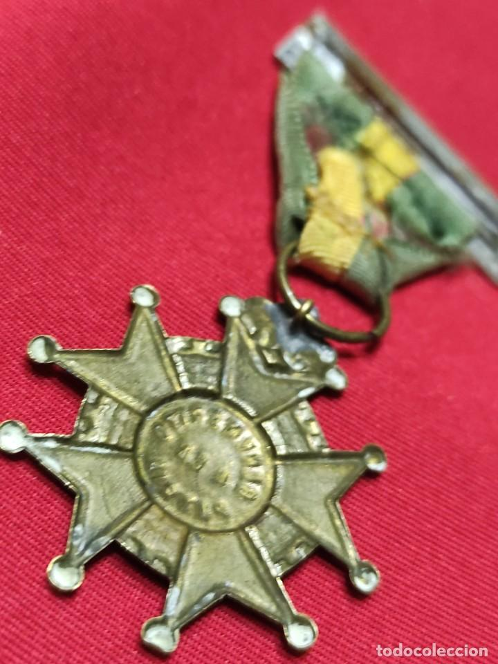 Militaria: Cruz de benemérito a la Patria - Foto 4 - 252870590