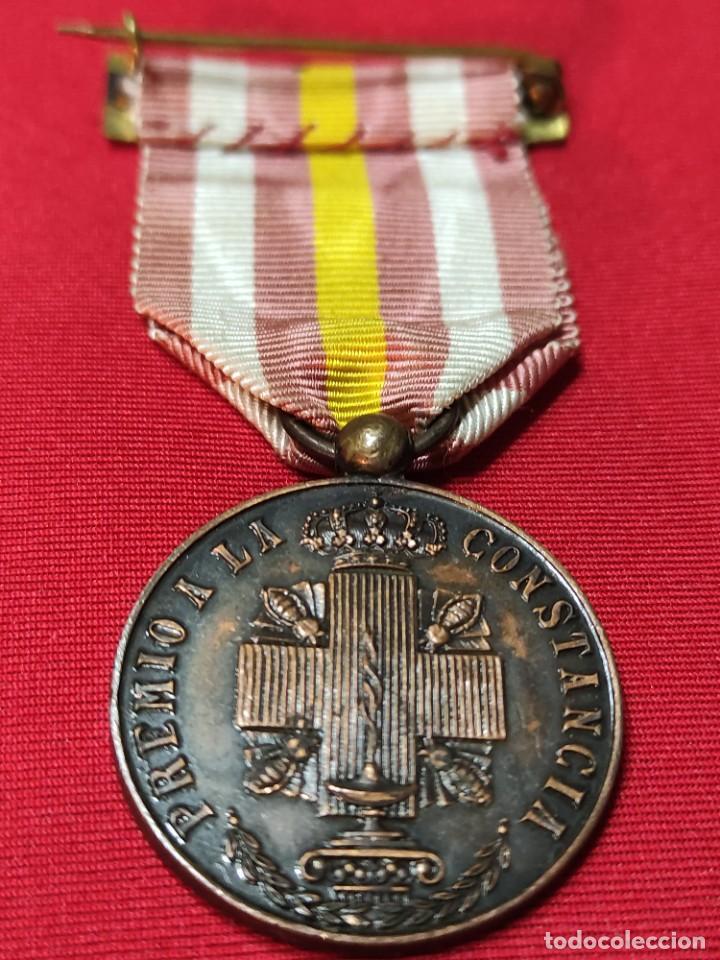 Militaria: Medalla de constancia de enfermeras de la cruz roja - Foto 2 - 252870855