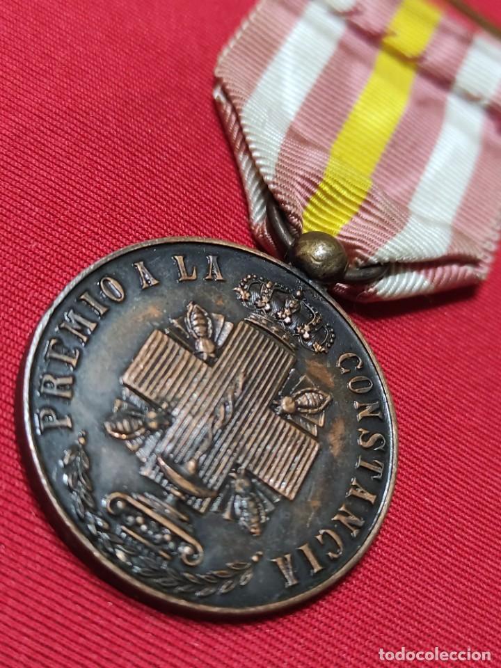 Militaria: Medalla de constancia de enfermeras de la cruz roja - Foto 3 - 252870855