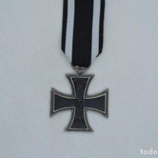 Militaria: WWII GERMAN IRON CROSS 2ND CLASS 1870. Lote 255475195