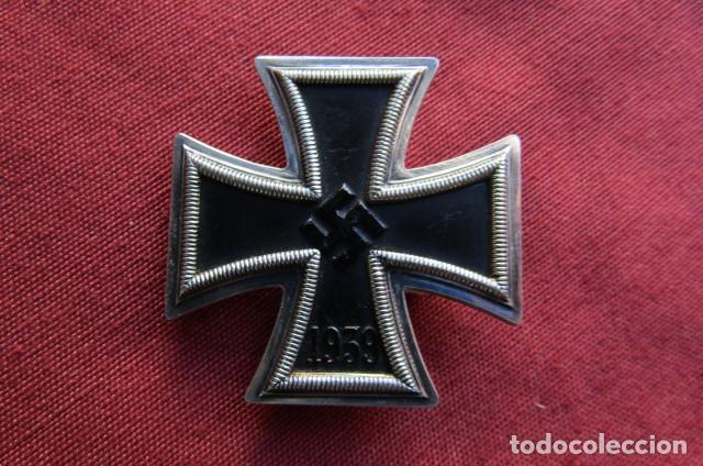 MEDALLA ALEMANA II SEGUNDA GUERRA MUNDIAL CRUZ DE HIERRO DE I PRIMERA CLASE III TERCER REICH ALEMÁN (Militar - Medallas Internacionales Originales)