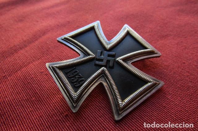 Militaria: Medalla alemana II segunda guerra mundial Cruz de Hierro de I primera clase III tercer Reich alemán - Foto 3 - 260567840