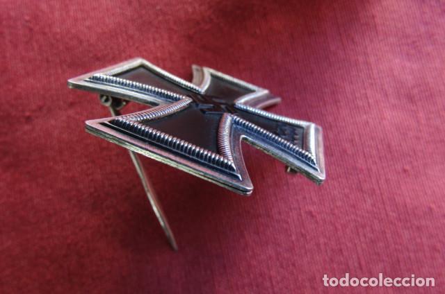 Militaria: Medalla alemana II segunda guerra mundial Cruz de Hierro de I primera clase III tercer Reich alemán - Foto 10 - 260567840