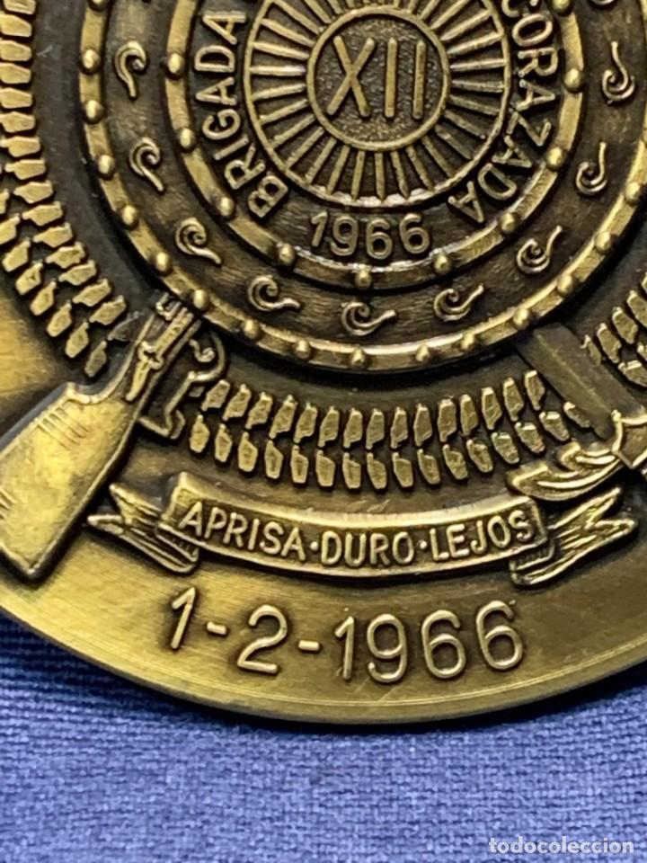 Militaria: MEDALLA XXV ANIVERSARIO BRIAC BRIGADA DE INFANTERIA ACORAZADA XII 1966 1991 APRISA DURO LEJOS 8CMS - Foto 2 - 262440935