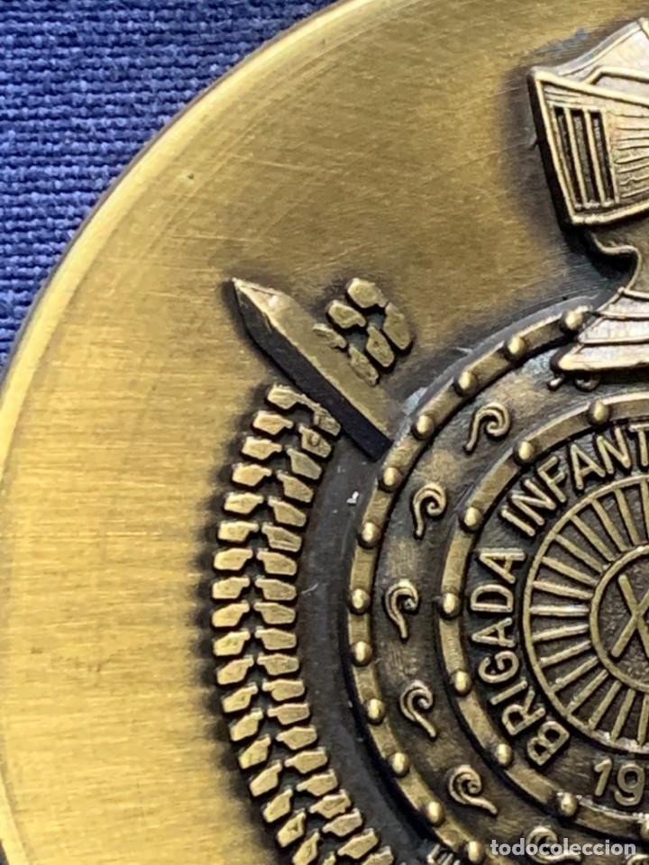 Militaria: MEDALLA XXV ANIVERSARIO BRIAC BRIGADA DE INFANTERIA ACORAZADA XII 1966 1991 APRISA DURO LEJOS 8CMS - Foto 6 - 262440935