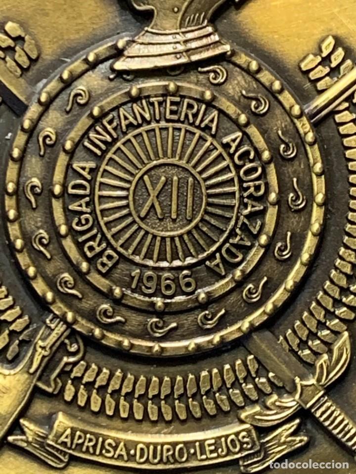 Militaria: MEDALLA XXV ANIVERSARIO BRIAC BRIGADA DE INFANTERIA ACORAZADA XII 1966 1991 APRISA DURO LEJOS 8CMS - Foto 8 - 262440935