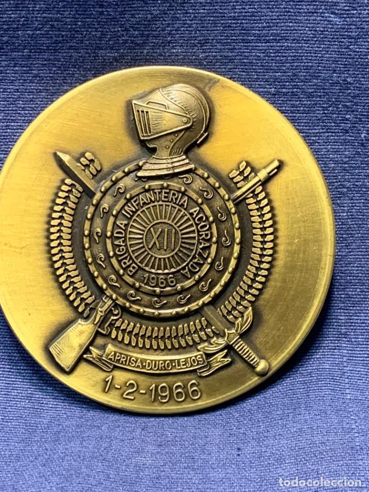 Militaria: MEDALLA XXV ANIVERSARIO BRIAC BRIGADA DE INFANTERIA ACORAZADA XII 1966 1991 APRISA DURO LEJOS 8CMS - Foto 9 - 262440935