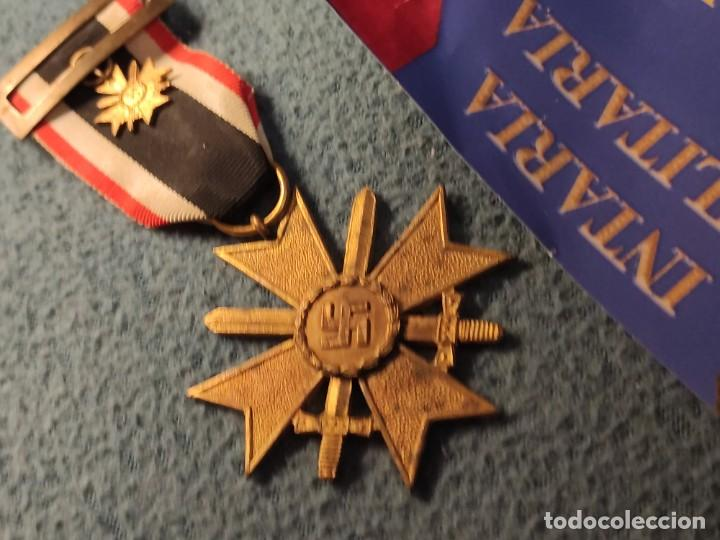 MEDALLA AL MÉRITO MILITAR CON ESPADAS EN LA DIVISIÓN AZUL (Militar - Medallas Españolas Originales )