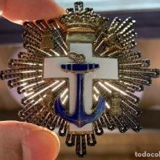 Militaria: PLACA GRAN CRUZ MERITO NAVAL DISTINTIVO BLANCO PLATA DORADA CALIDAD CALADA PLATERO JS FRANCO 6X6CMS. Lote 263675915
