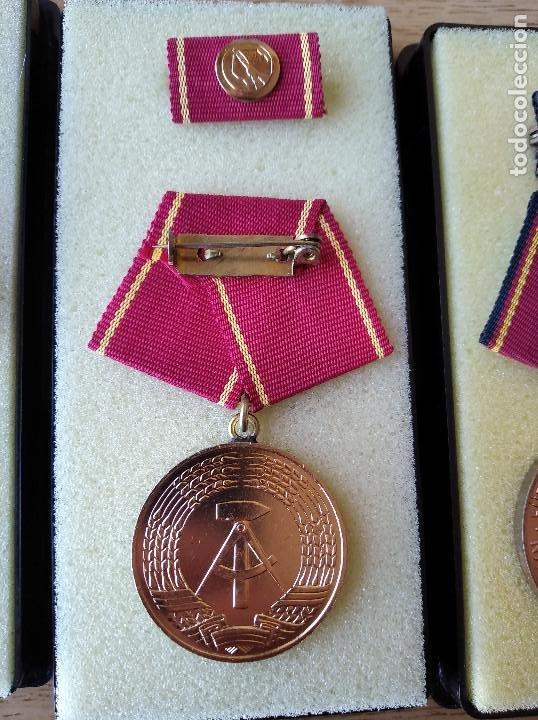 Militaria: Medallas DDR (1949-1990) , colección de 11 medallas originales en muy buen estado. - Foto 10 - 266121483