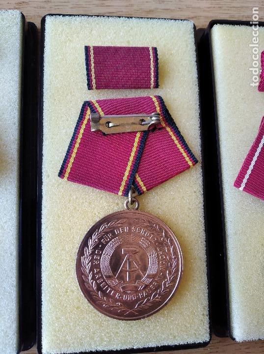 Militaria: Medallas DDR (1949-1990) , colección de 11 medallas originales en muy buen estado. - Foto 12 - 266121483