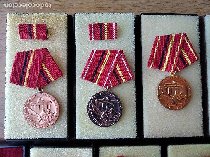 Militaria: Medallas DDR (1949-1990) , colección de 11 medallas originales en muy buen estado. - Foto 2 - 266121483