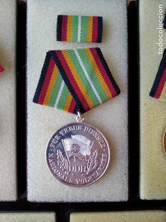 Militaria: Medallas DDR (1949-1990) , colección de 11 medallas originales en muy buen estado. - Foto 18 - 266121483