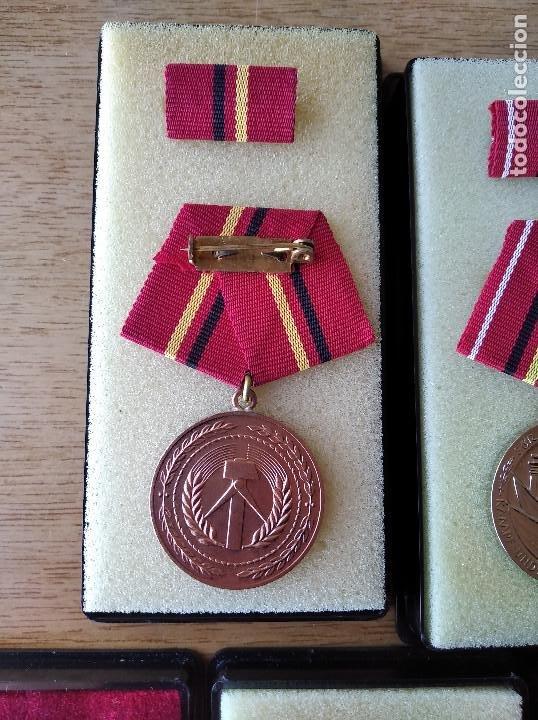 Militaria: Medallas DDR (1949-1990) , colección de 11 medallas originales en muy buen estado. - Foto 25 - 266121483