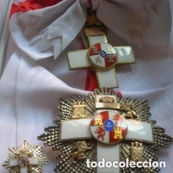 ANTIGUA Y MUY BELLA GRAN CRUZ Y BANDA AL MERITO MILITAR. PERTENECIÓ A UN GENERAL (Militar - Medallas Españolas Originales )
