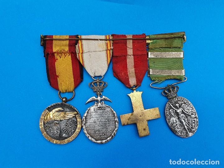 Militaria: Pasador Con Medallas Militares Originales + Pasador de diario con 6 condecoraciones - Foto 2 - 267059949