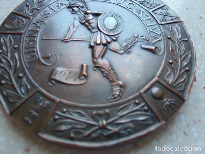 Militaria: MEDALLA CAMPEONATOS MILITARES NACIONALES DEPORTIVOS GIMNASIA EDUCATIVA 1944 - 7 cm. 120 gramos. - Foto 4 - 267636589