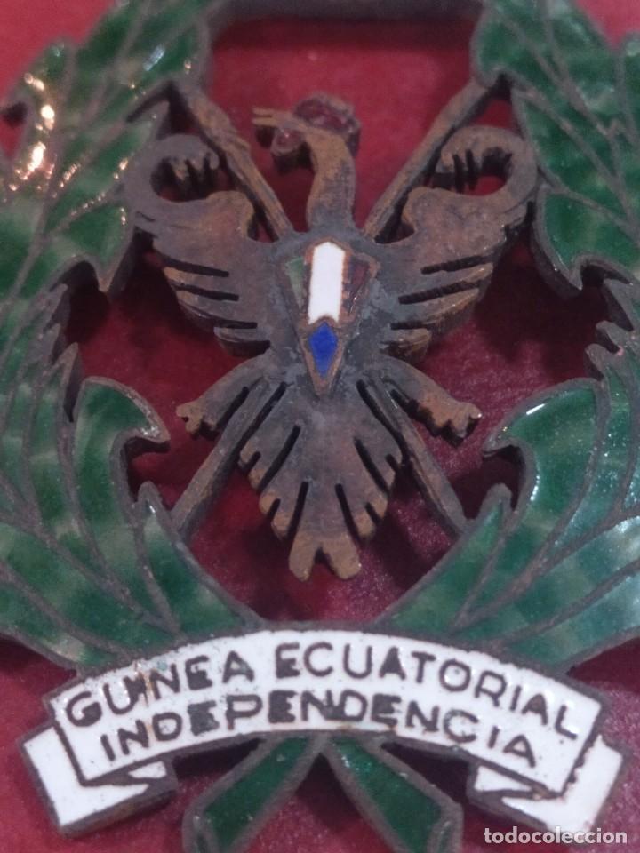 Militaria: Medalla de la independencia de Guinea Ecuatorial - Foto 3 - 268286699