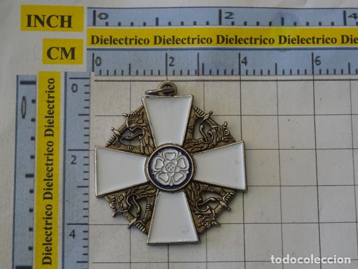 Militaria: MEDALLA MILITAR. REPRODUCCIÓN. FINLANDIA. ORDEN DE LA ROSA BLANCA. CON CAJA - Foto 3 - 268620704