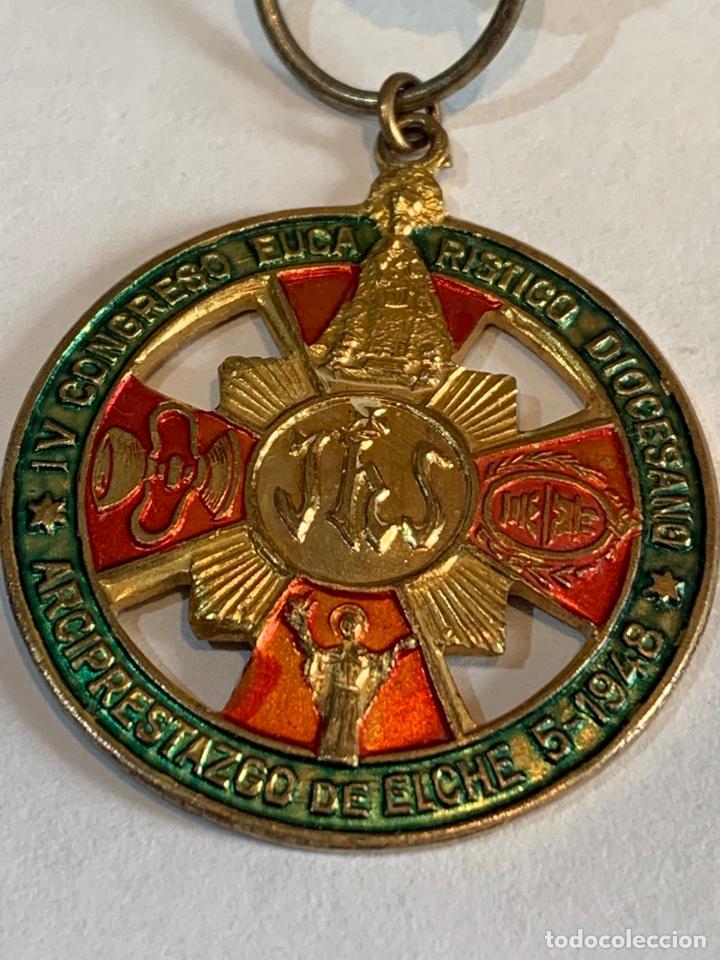 Militaria: Medalla del IV congreso Eucarístico Diocesano -Arciprestazco de Elche 1948 - Foto 2 - 268620809