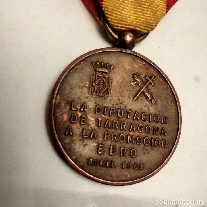 Militaria: Medalla guardia civil promoción Ebro - Foto 2 - 276365653