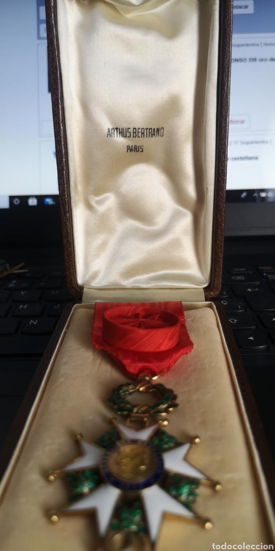 Militaria: Cruz de oficial de la Orden de la Legión de Honor plata bañada en oro - Foto 2 - 277761163