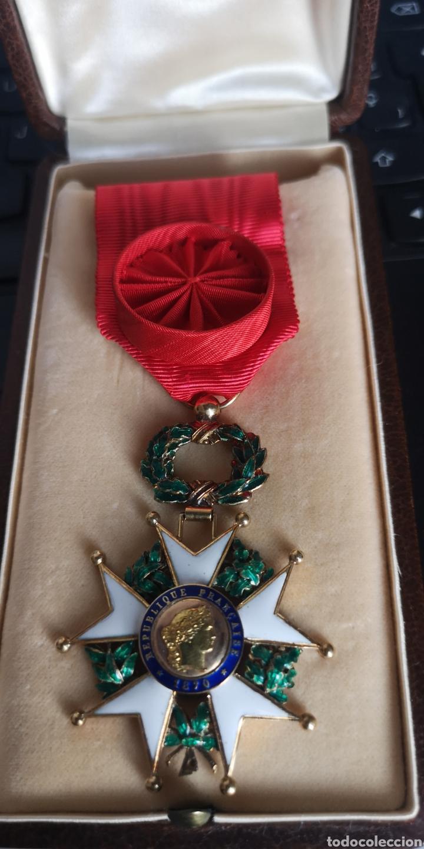 CRUZ DE OFICIAL DE LA ORDEN DE LA LEGIÓN DE HONOR PLATA BAÑADA EN ORO (Militar - Medallas Internacionales Originales)