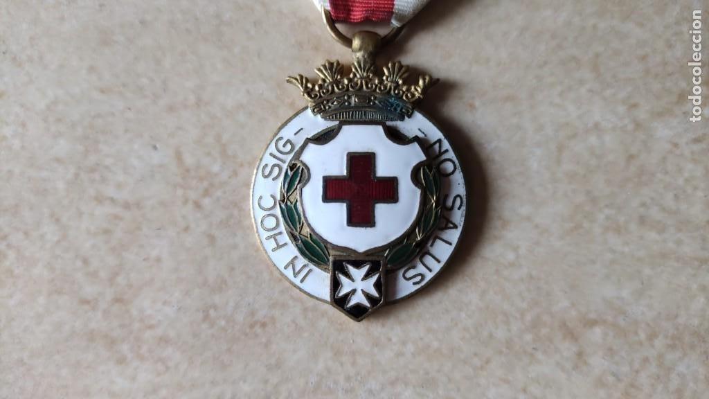 MEDALLA CRUZ ROJA, IN HOC SIGNO SALUS (Militar - Medallas Españolas Originales )
