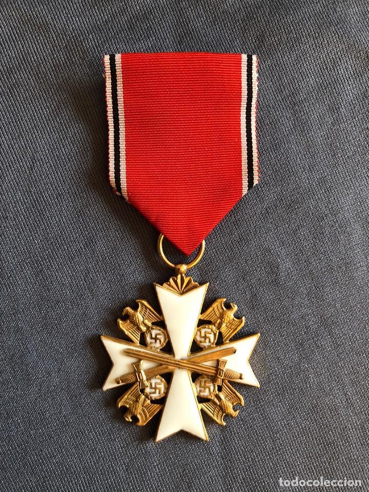 ORDEN DEL AGUILA ALEMANA. VERDIENSTORDEN VOM DEUTSCHEN ADLER. 2ª CLASE. CON ESPADAS. (Militar - Reproducciones y Réplicas de Medallas )