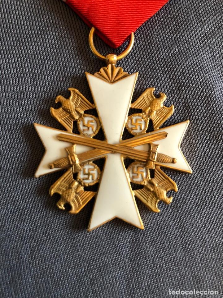 Militaria: ORDEN DEL AGUILA ALEMANA. Verdienstorden vom Deutschen Adler. 2ª Clase. Con espadas. - Foto 3 - 278530643