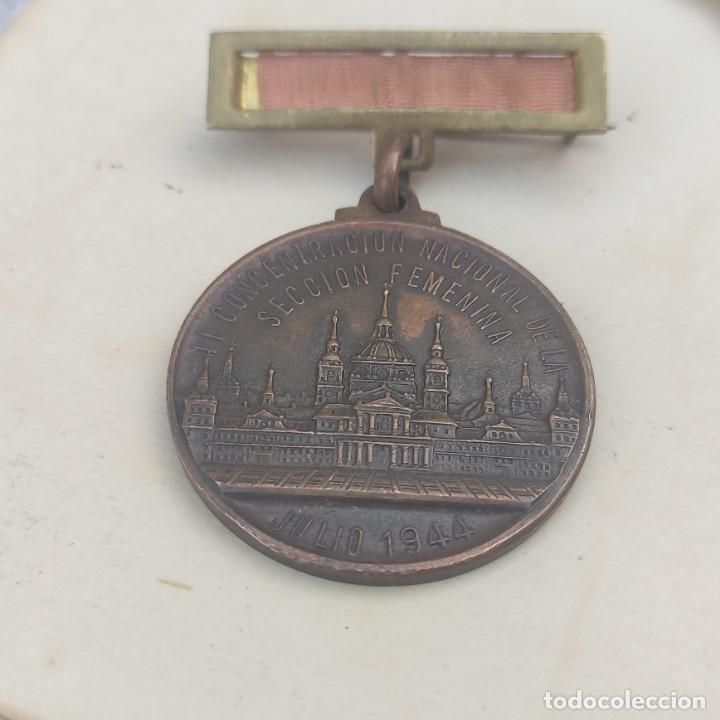 MEDALLA DE LA SECCIÓN FEMENINA DE LA FALANGE (Militar - Medallas Españolas Originales )