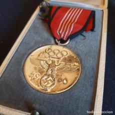 Militaria: MEDALLA DE LAS OLIMPIADAS DE 1936 CON CAJA. Lote 278813743