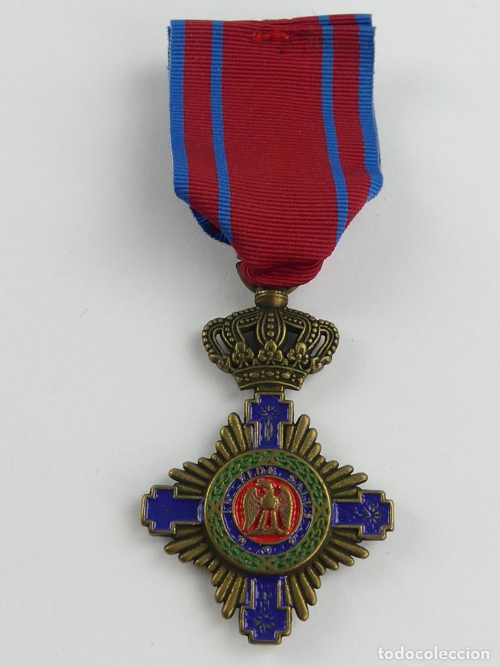 MEDALLA DE ROMANIA IN FIDE SALUS (Militar - Reproducciones y Réplicas de Medallas )