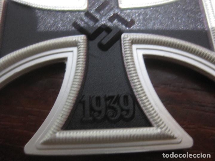 Militaria: CRUZ HIERRO 2 CLASE IRON CROSS 2 CLASS EISERNE KREUZ 2 KLASSE 1939 INSIGNIA MEDALLA NAZI - Foto 4 - 287178383